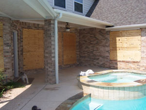 Hurricane Board up service for windows and doors